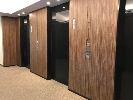 むさし証券のエレベーター