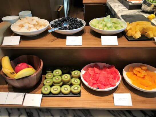 パレスホテル東京のグランド キッチンのフルーツ