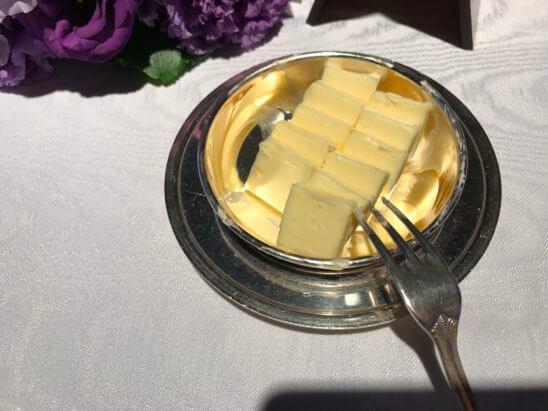 SPGガラディナーのバター