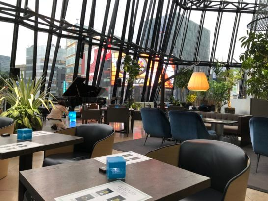 アメックスの銀座ラウンジ(THE GREEN Cafe American Express × 数寄屋橋茶房 ) (2)