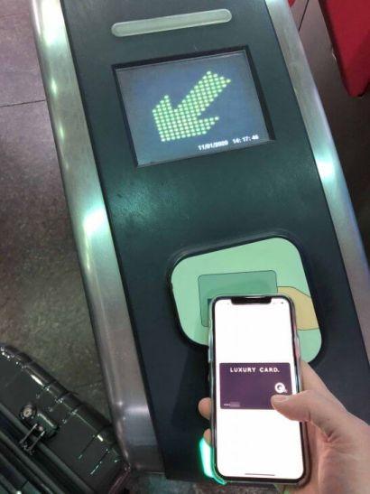 Apple PayのMastercardコンタクトレスでシンガポールのMRT改札を通過