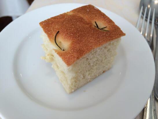 キハチのコース料理 (パン)