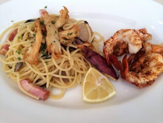 キハチのコース料理 (パスタと海老)