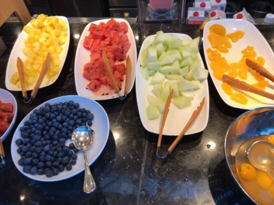 東京マリオットホテルの朝食のフルーツ