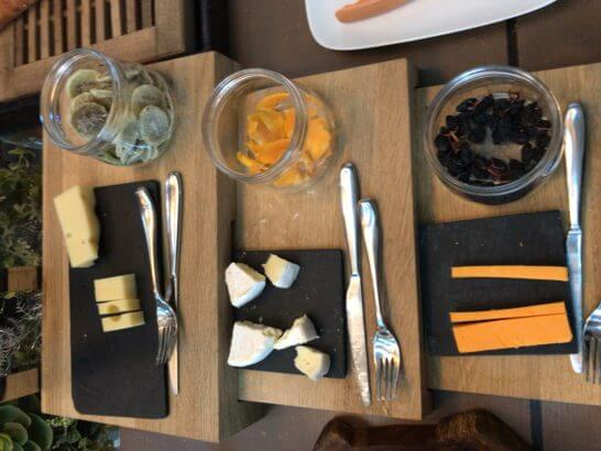 東京マリオットホテルの朝食のチーズ