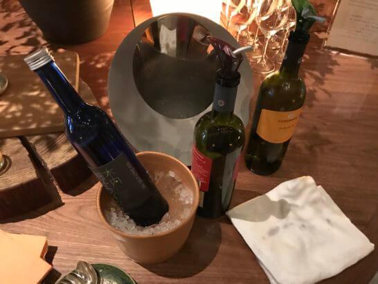 アンダーズ東京の宿泊者ラウンジのワイン