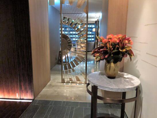 フォーシーズンズホテル丸の内 東京の廊下