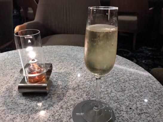 ウェスティン都ホテル京都のバーのスパークリング・ワイン