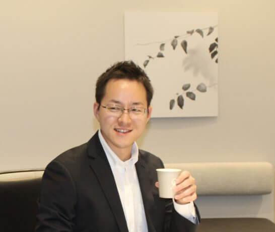 マネックス証券 プロダクト部マネージャーの清野翔太さん (2)