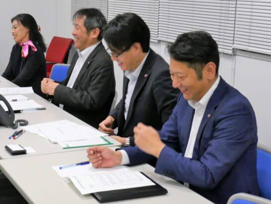 SMBC日興証券の林課長、鈴木課長、山口さん、美根さん (2)