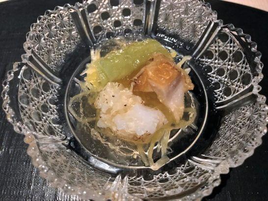 ひのきざかの蒸し鮑 活けタコ 錦糸瓜 蓮芋 琥珀ジュレ