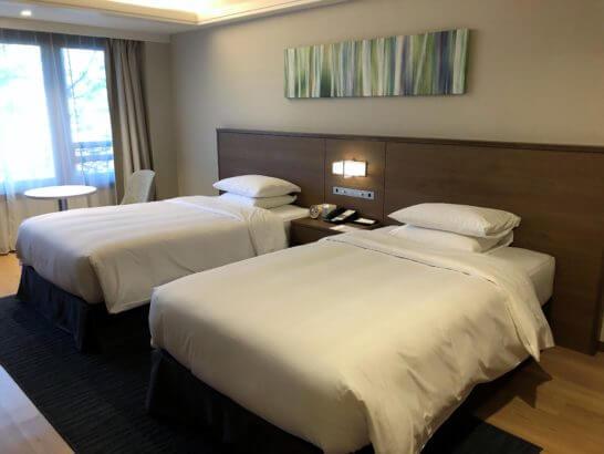 軽井沢マリオットのエグゼクティブスイートのベッド