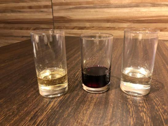 軽井沢マリオットのカクテルタイムのワイン3種類