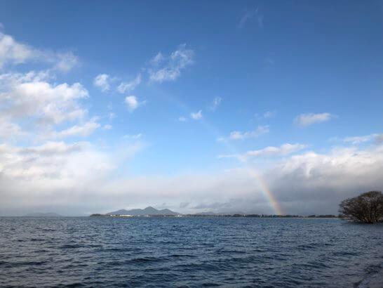 琵琶湖の虹