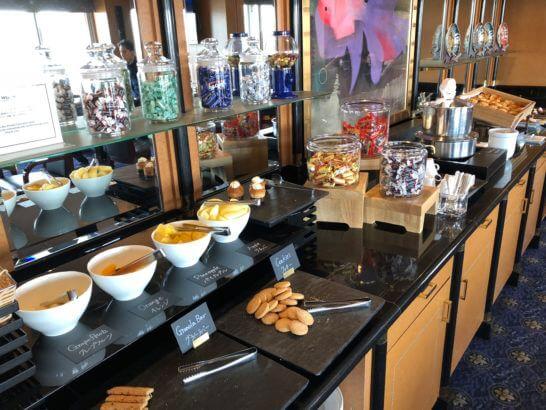 ウェスティンホテル東京 エグゼクティブ クラブラウンジのティータイムの食事