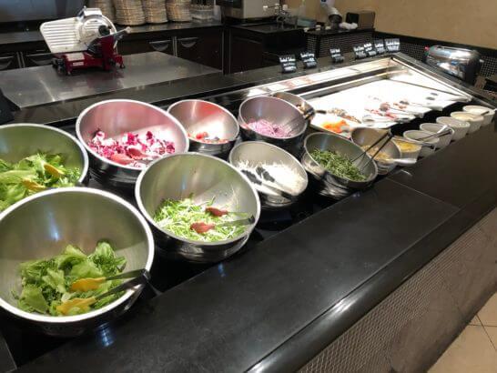 ウェスティンホテル東京のザ・テラスのサラダ・コールドミール