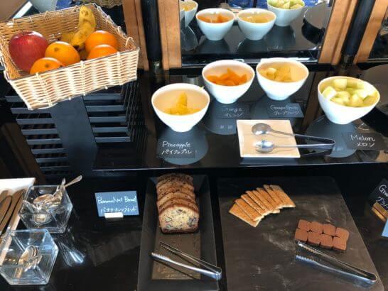 ウェスティンホテル東京のエグゼクティブ クラブラウンジのティータイムの食事