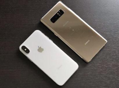 Apple Pay搭載のiPhoneとおサイフケータイが使えるAndroid(Galaxy)