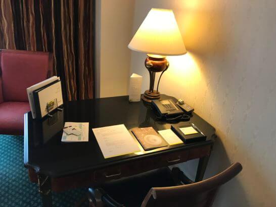 ウェスティンホテル東京の作業デスク