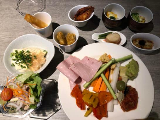 東京マリオットホテルのエグゼクティブラウンジの食事