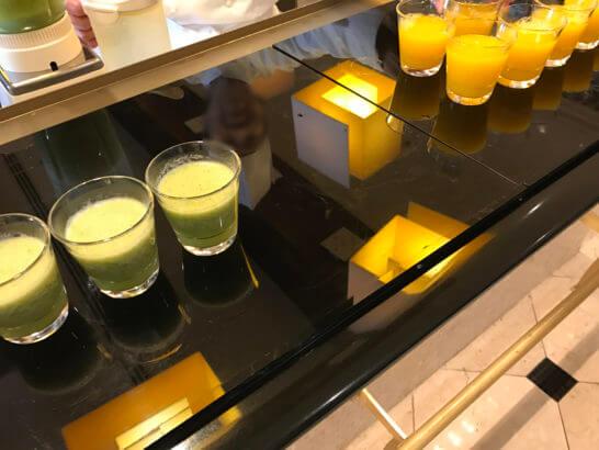 ウェスティンホテル東京のザ・テラスのスムージー・オレンジジュース