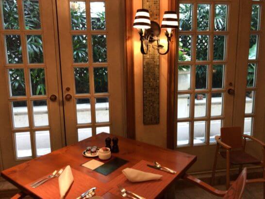 ザ・リッツ・カールトン大阪の朝食のテーブル