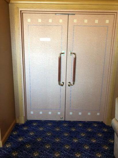 ウェスティンホテル東京のクラブラウンジのミーティングルーム入り口