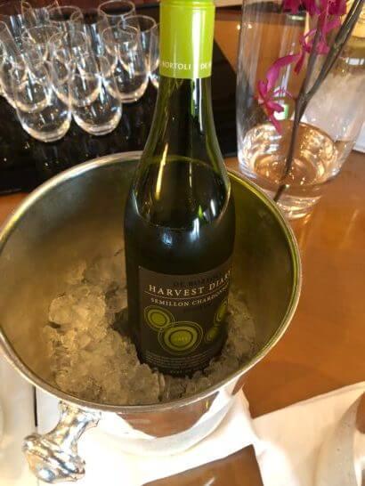 ウェスティンホテル東京 エグゼクティブ クラブラウンジの白ワイン