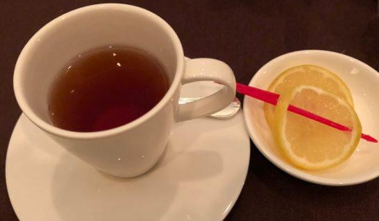 横浜ベイシェラトンホテルのスカイラウンジ「ベイ・ビュー」の紅茶