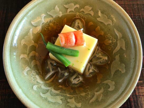 玉蜀黍豆腐 海老 隠元 じゅんさい 露 柚子