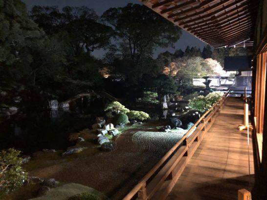 醍醐寺の表書院の縁側