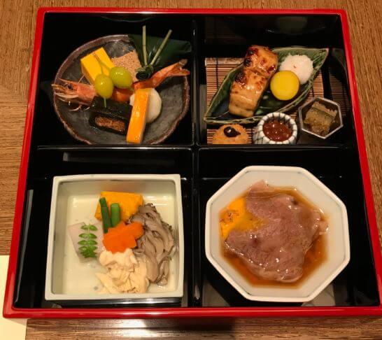 ANAインターコンチネンタルホテル東京の雲海のランチ(松花堂弁当箱)