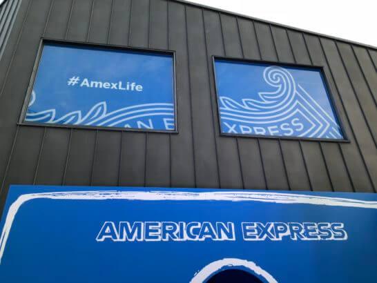 アメックスのイベント「#AmexLife」の会場入り口 (2)