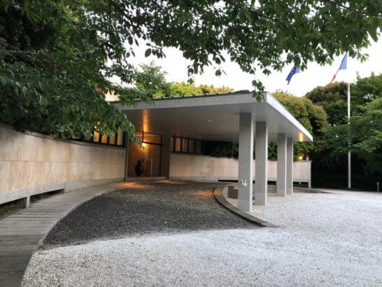 フランス大使館の入り口