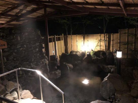 上高地ルミエスタホテルの露天風呂