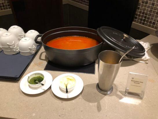 横浜ベイシェラトンホテルのクラブラウンジのミネストローネ