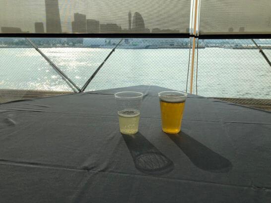 アメックスの横浜花火大会の生ビールとスパークリングワイン