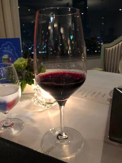 ホテルニューオータニのベッラ・ヴィスタの赤ワイン