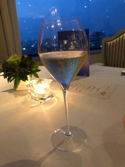 ホテルニューオータニのベッラ・ヴィスタのシャンパン