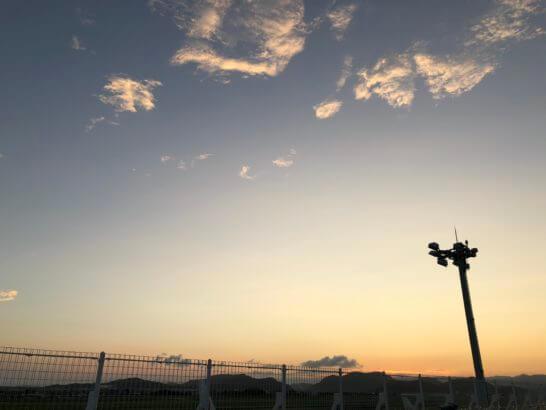 高知龍馬空港の青空と夕焼け