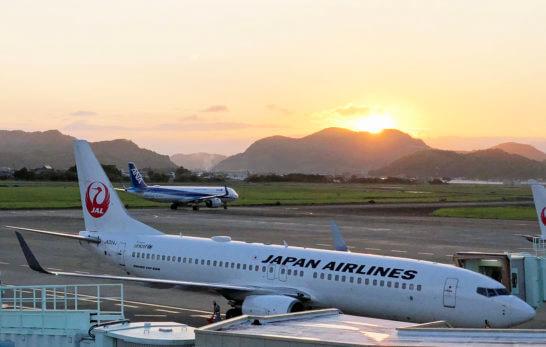 JALとANAの飛行機