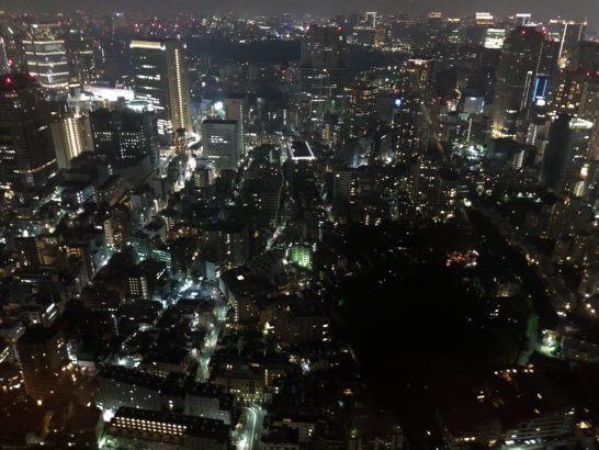 ザ・リッツ・カールトン東京の客室からの夜景 (2)