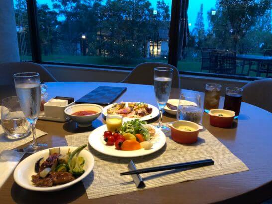 ヒルトン小田原の夕食会場