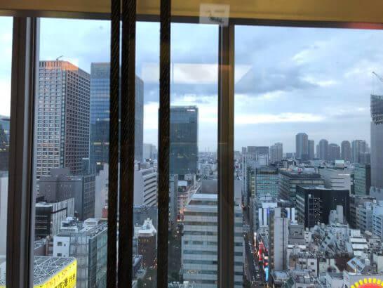 東京駅のオフィスビル