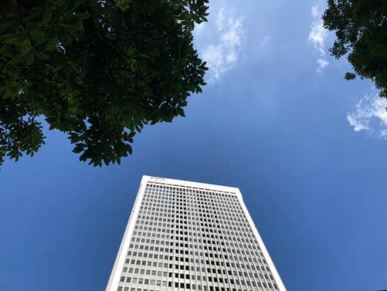 マネックス証券のオフィスがあるアーク森ビル (2)