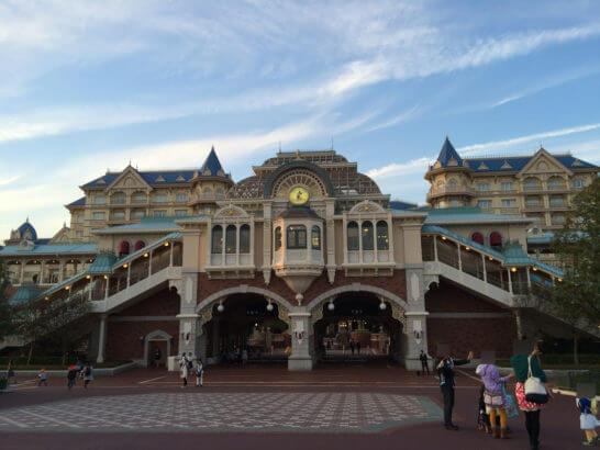 東京ディズニーランド・ステーションとディズニーランドホテル