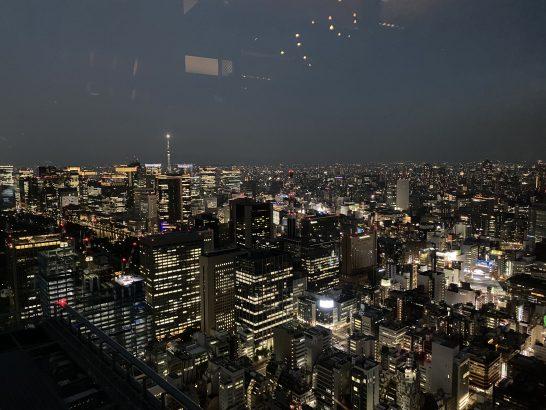 アンダーズ東京のタヴァンからの夜景