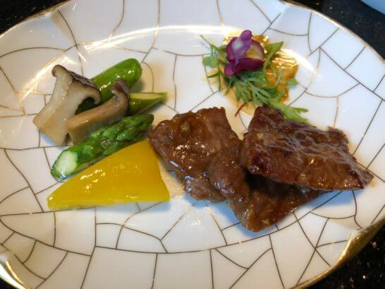 ウェスティンホテル東京の中国料理の牛肉料理
