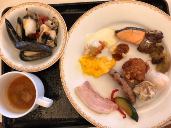 東京ディズニーランドホテルの朝食(ホットミール)