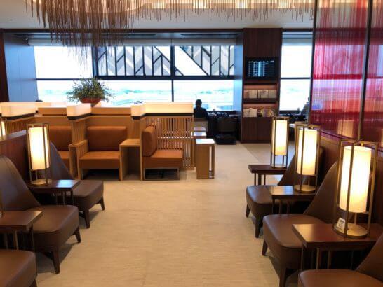 伊丹空港ダイヤモンドプレミアラウンジの室内 (5)